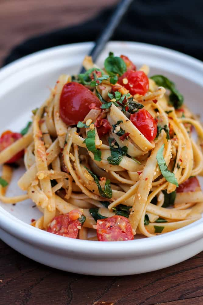 Fast Fresh Spinach and Tomato Fettuccine-2