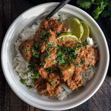 Tofu chunks in a spicy Indian masala sauce on rice